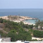 Vue depuis la piscine de l'hotel sur la plage d'Arpoador