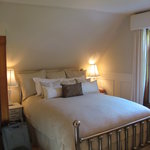 Marquis Bedroom