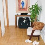 Vestibule (suite)