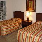 3rd Bedroom - 2 Twin Beds
