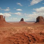 postcard pic of Monument Valley