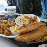 Fillet fish & chips, calamari and shrimp