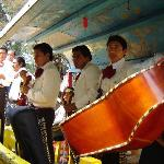 A mariachi will play for 150 pesos