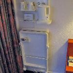 Room 78 Trouser press and in-room coffee-tea service