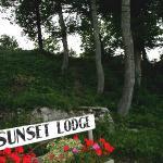 Omena Sunset Lodge