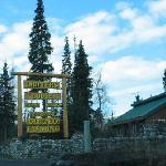 Drifter's Lodge entrance sign
