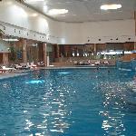 crown towers-swimming pool