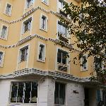 The wonderful Hotel Daphne