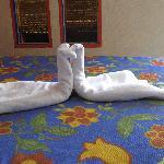 Love bird towels - Casa de la Condesa