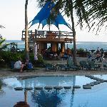 Bahari Beach Pool
