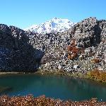 Laguna Huemul con vista al Nevados de Chillán