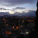 La ciudad recibe a la noche