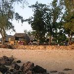 la plage devant le bungalow