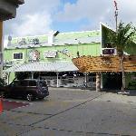Restaurants/Bars in complex
