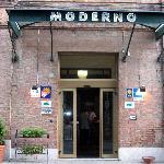 The Hotel Moderno
