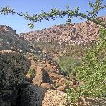 4. Au loin, vous apercevrez le village d'Addaï, la perle de Tafraoute
