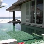 pool/bedroom exterior