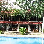 restaurant from poolside