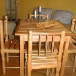 Comedor y cocina totalmente equipadas y comodas
