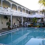 Pool and breakfast bar