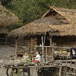 Spielende Kinder in einem der nahen Dörfer