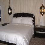 2nd bedroom, romantic