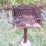 Le barbecue (avez-vous eu votre piqure contre le tétanos?)