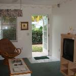 villa 23 - view towards front door, pool area