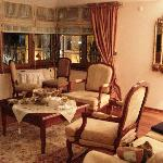 Pasha Suite sitting room