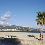 Photo de Sol Beach House Mallorca Cala Blanca