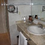 Salle de bain ch 638 (2 douches!!)