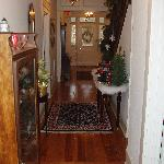 Downstairs Hall/Entry