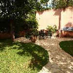 Los Almendros De San Lorenzo- gardens