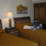 Lockoff Double Beds