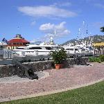 Yacht Haven Grande_Charlotte Amalie