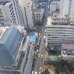 Blick vom Zimmer im 28. Stock nach unten