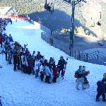 The queue for the gondala at the end of the day!