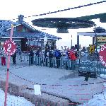 The queue for the chair lift to the Crest - a reason in itself to stay there!