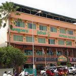 クメール ロイヤル ホテル