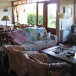 Living room area / Breakfast
