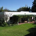 2 Unit Guesthouse