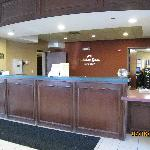 Holiday Inn Express Rochester - front desk