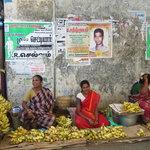 Pondicherry - street vendors in Nehru st