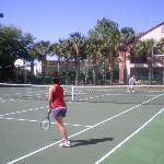 tennis court/bbal court