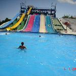 2 out of the 5 sets of slides at the Hidropark