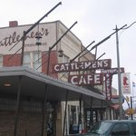 Cattlemen's Steakhouse- outside
