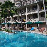 Hotel pool and Pualeilani Suites