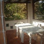 The bungalow at QE: the outdoor dining area