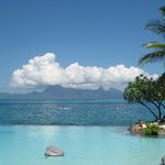 swimming pool and Moorea
