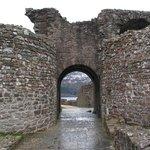 Loch Ness - Urquhart Castle - Gatehouse